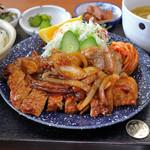魚銀食堂 - トンテキ定食
