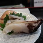 のと前回転寿司 - 料理写真:生とり貝(1貫)