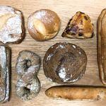 ベーカリー ハチ - 料理写真:今回かったパン