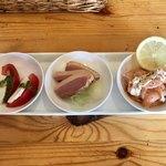 ワイン食堂ukine - アンティパスト盛合せ580円