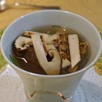 トゥ・ラ・ジョア - 和風だしの贅沢スープ