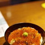 ぽんしゅや 三徳六味 - イクラとろろご飯