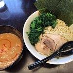 ゴッチ - 料理写真:辛口つけ麺+ほうれん草+大盛り