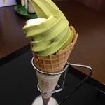 90380393 - 抹茶ソフト 350円