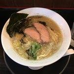 麺創なな家 - 料理写真:ブラックダイヤモンドラーメン 830円