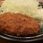 カツカレー専門店 新宿カレー  - イベリコ豚ロースカツカレー 980円