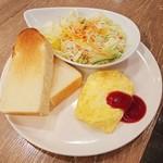 90383309 - ビタミンサラダ&チーズオムレツセット 490円
