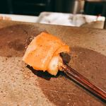 串揚げ 依知川 - サーモンとチーズ