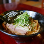 らーめんダイニング 庵 - 王道の豚骨魚介らーめん(限定)