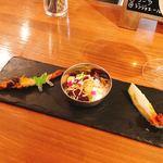 90390206 - 前菜3種盛り(シシャモのピックル、アルティキ、大阪千秋 水茄子のぬか漬けのアチャール)