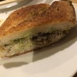 アウグスビール ラボ・キッチン - 鰯サンド