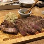 アウグスビール ラボ・キッチン - 豚ステーキ