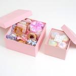 プティビズ - 【エトワール】デコレーションカップケーキ4個と焼き菓子の豪華ギフトセット。petit bisou 芦屋のほぼすべての焼き菓子をお楽しみ頂くことができます。