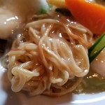 広華 - 麺