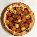 ロテヤキ。個室。メリケン - プレミアム!トマトとまとピザ!