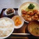 い志い食堂 - 料理写真:カラアゲ定食¥750-
