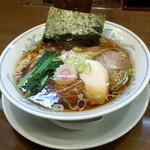 ら~めん曳舟 - 醤油ラーメン(750円)
