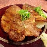 鮨庭 - 炙り牛タン
