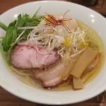 麺処 ぐり虎 - 【鶏塩味玉ラーメン】¥850