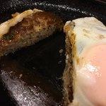 すてーき亭 - 目玉焼付 選べるソースハンバーグ