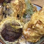 豊野丼 - 野菜とほたて貝柱天丼