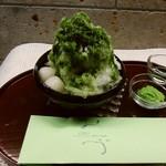 おづKyoto -maison du sake- - おづ氷抹茶あずき白玉750円(税別)宇治抹茶を使用したシンプルなしろっぷにあんこと白玉のトッピング。