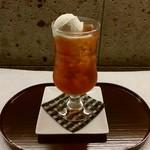 おづKyoto -maison du sake- - ティーソーダフロート700円(税別)シュワシュワのティーソーダにバニラアイスの組み合わせは最高です!