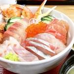 竹野鮮魚 - 魚屋の海鮮丼