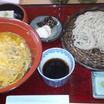 9042214 - 炭火焼黒どり親子丼蕎麦膳