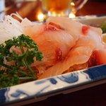 富松うなぎ屋 - 鯉のアライ(酢味噌で)、鯉こく(味噌汁)470円、マグロ刺身(680円)