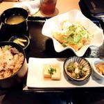 90430684 - 国産若鶏の南蛮タルタル定食(900円)ご飯大盛り(2018年8月)
