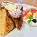 ケヤキカフェ - カルピスのバター、ソルト付き