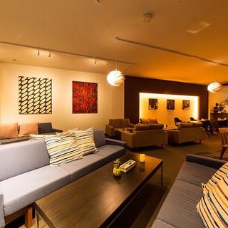 ホテルのような上質空間―ゆったりソファで癒しの時間をお届け*