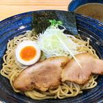 べらしお - 平子(真いわし)のつけそば(温麺or冷麺)820円…平子の煮干しならではの芳醇なうま味の効いたスープ