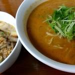 四川野郎 - 料理写真:白ごま担々麺とチーズ麻婆丼