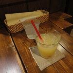 ルーエプラッツ ツオップ - りんごジュース