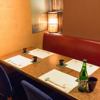 接待や各種会合に、個室は2名様から20名様まで御座います。