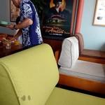 90454065 - ゆったり座れるソファ席