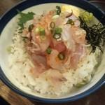 海街丼 - 白身魚ごちゃまぜ丼