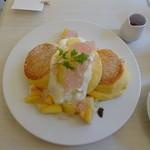 幸せのパンケーキ - 国産白桃のローズヒップピーチパンケーキ