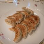 四川亭 - 餃子