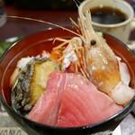うなぎ 米花 - 海鮮丼 2,500円