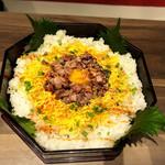 粋な肉 - 黒毛和牛バラ寿司