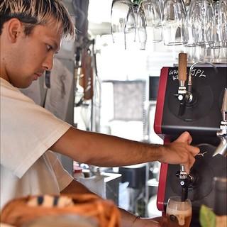 クラフトビールとカクテルがおすすめ!お料理との相性抜群です