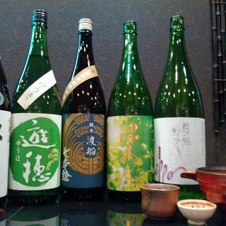 日本酒、地ビールなど良質のお酒に手作りの酒器でおもてなし