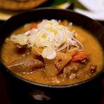 Oshikahantou - モツ煮