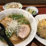 中華菜館開運 - 料理写真:料理