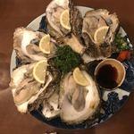 90481412 - 岩牡蠣たくさん                       結構盛ってますね(≧▽≦)