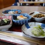 喰い処 弐七 - ゼットの小鉢