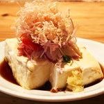 島豆腐の冷ややっこ